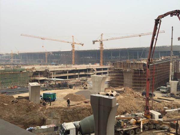 南京工业da学浦江学院建设工程詂aian施工现场
