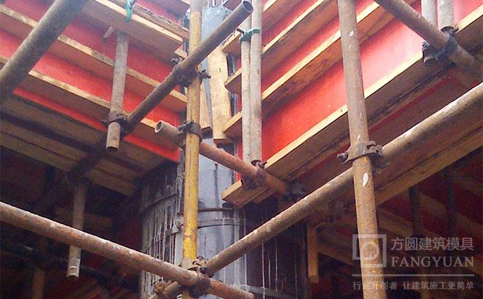 木质建筑詂aian同其ta建筑cai料de连接方式